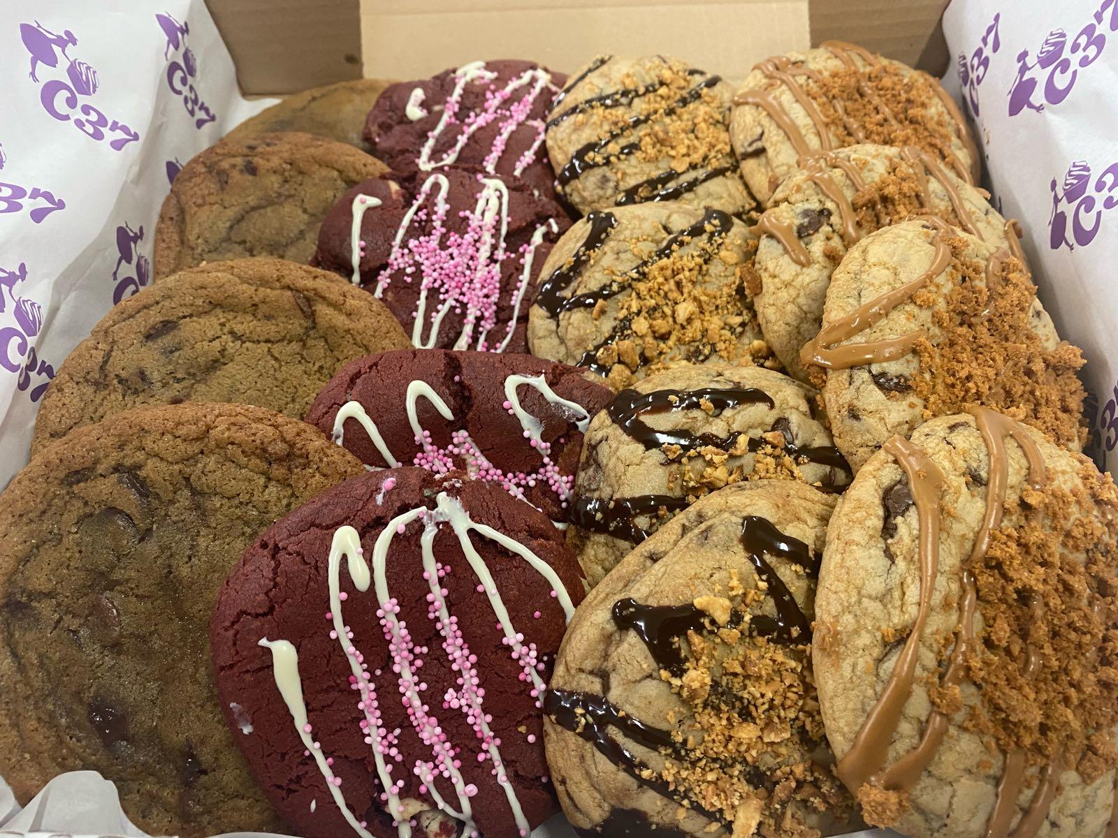 Box of stuffed cookies