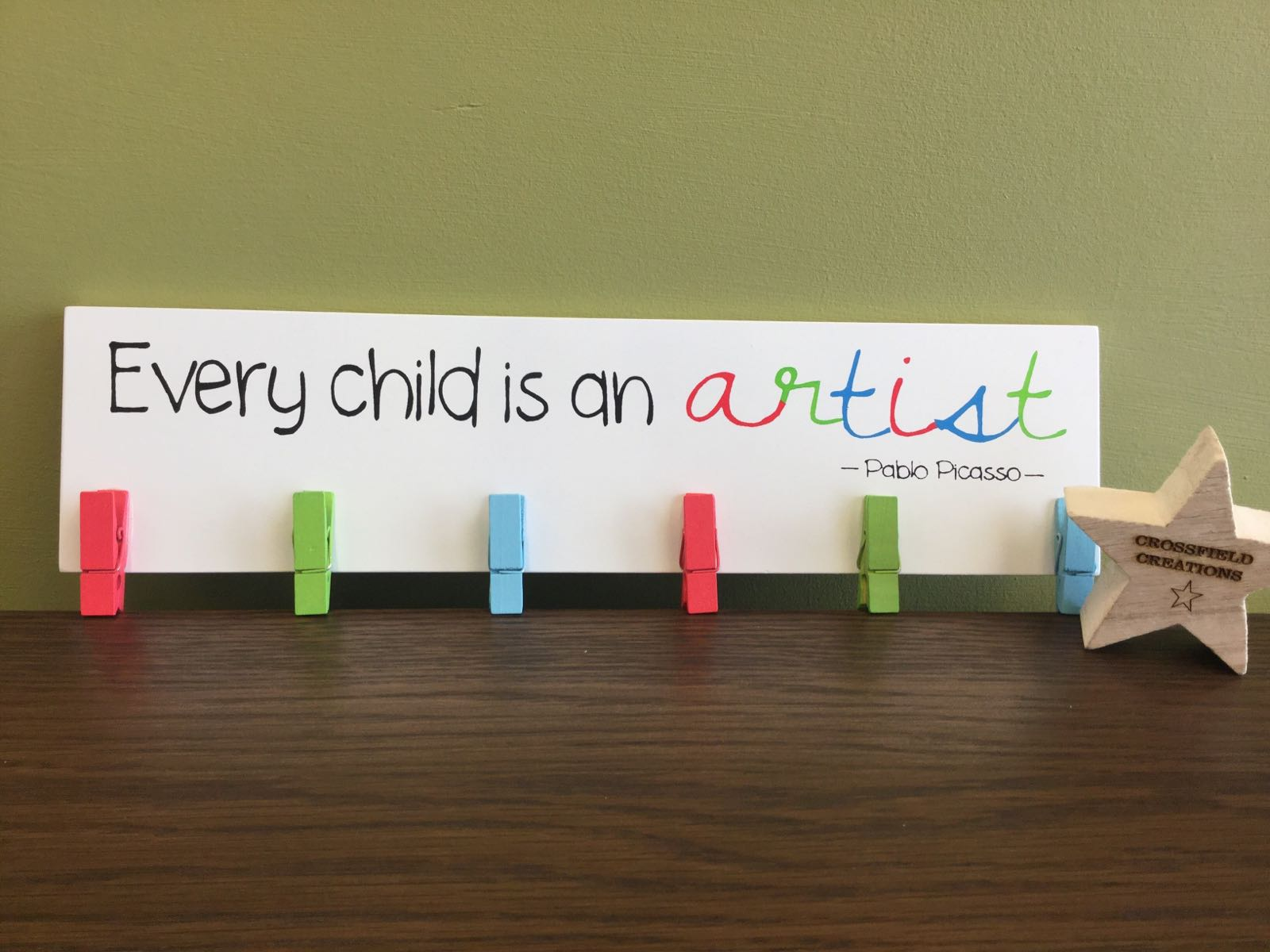 Artist Peg Display