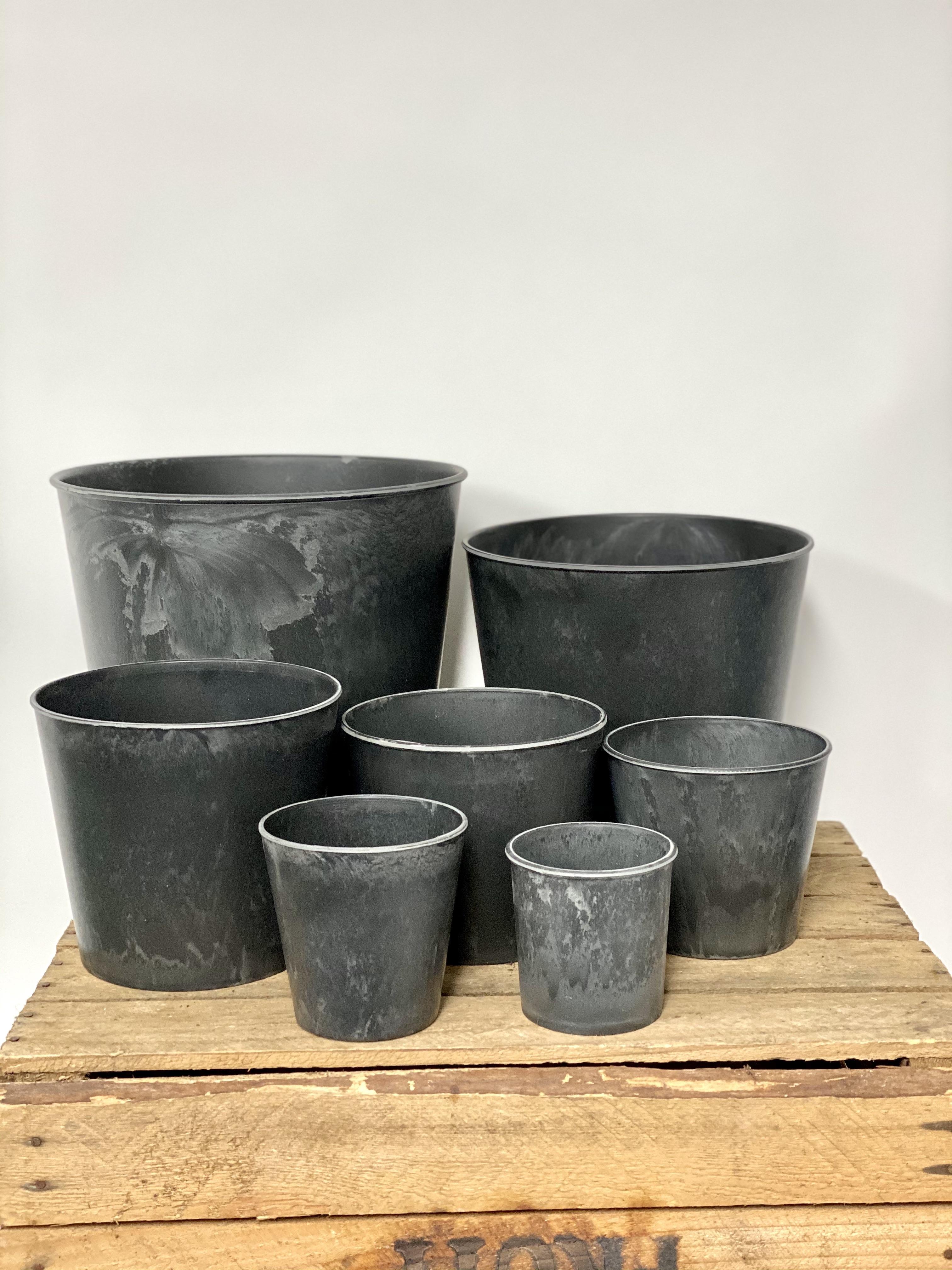 Melamine Pots (8 to 25cm D)