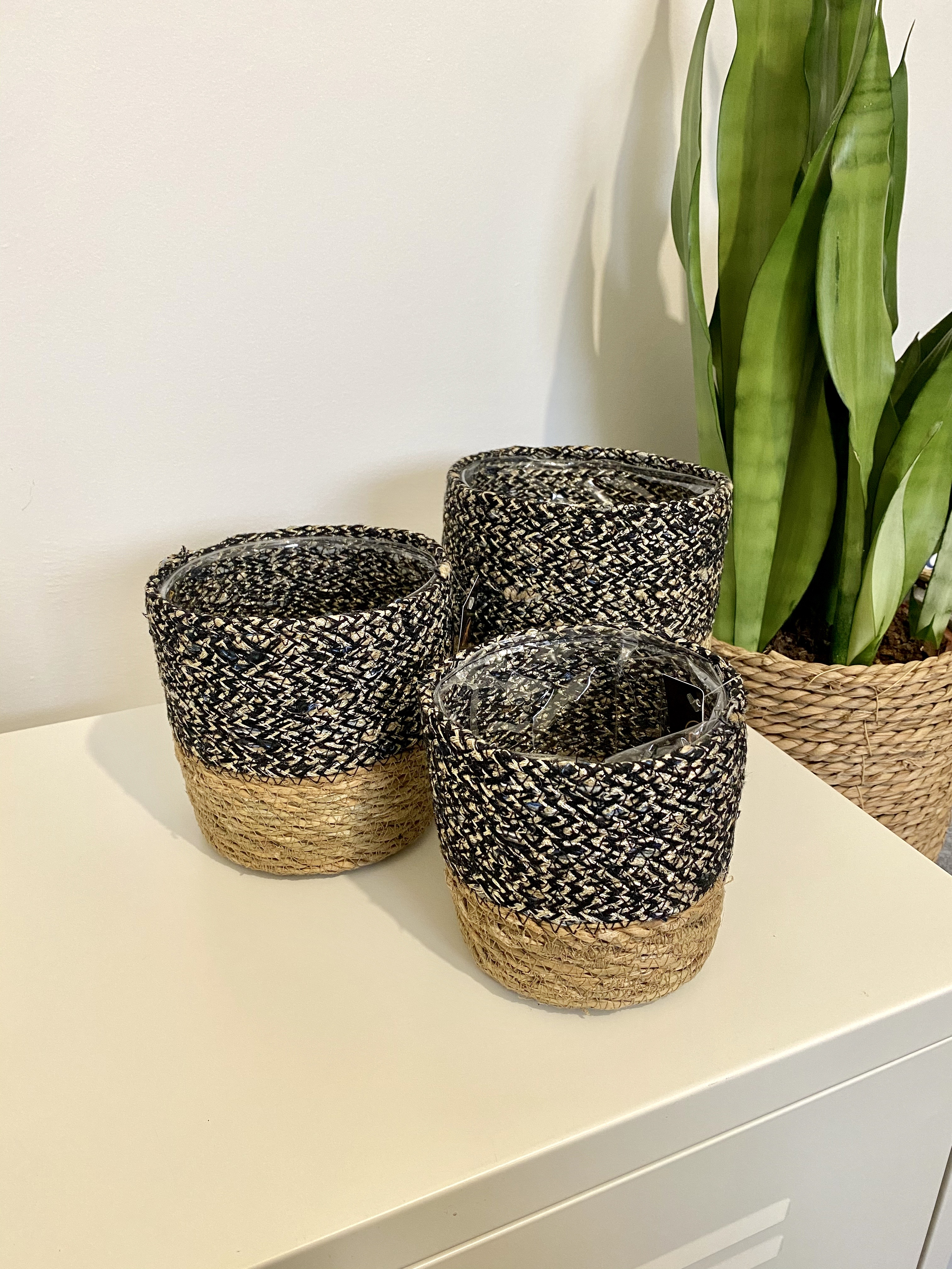 Two Tone Basket (Size options 11-13-15cm)