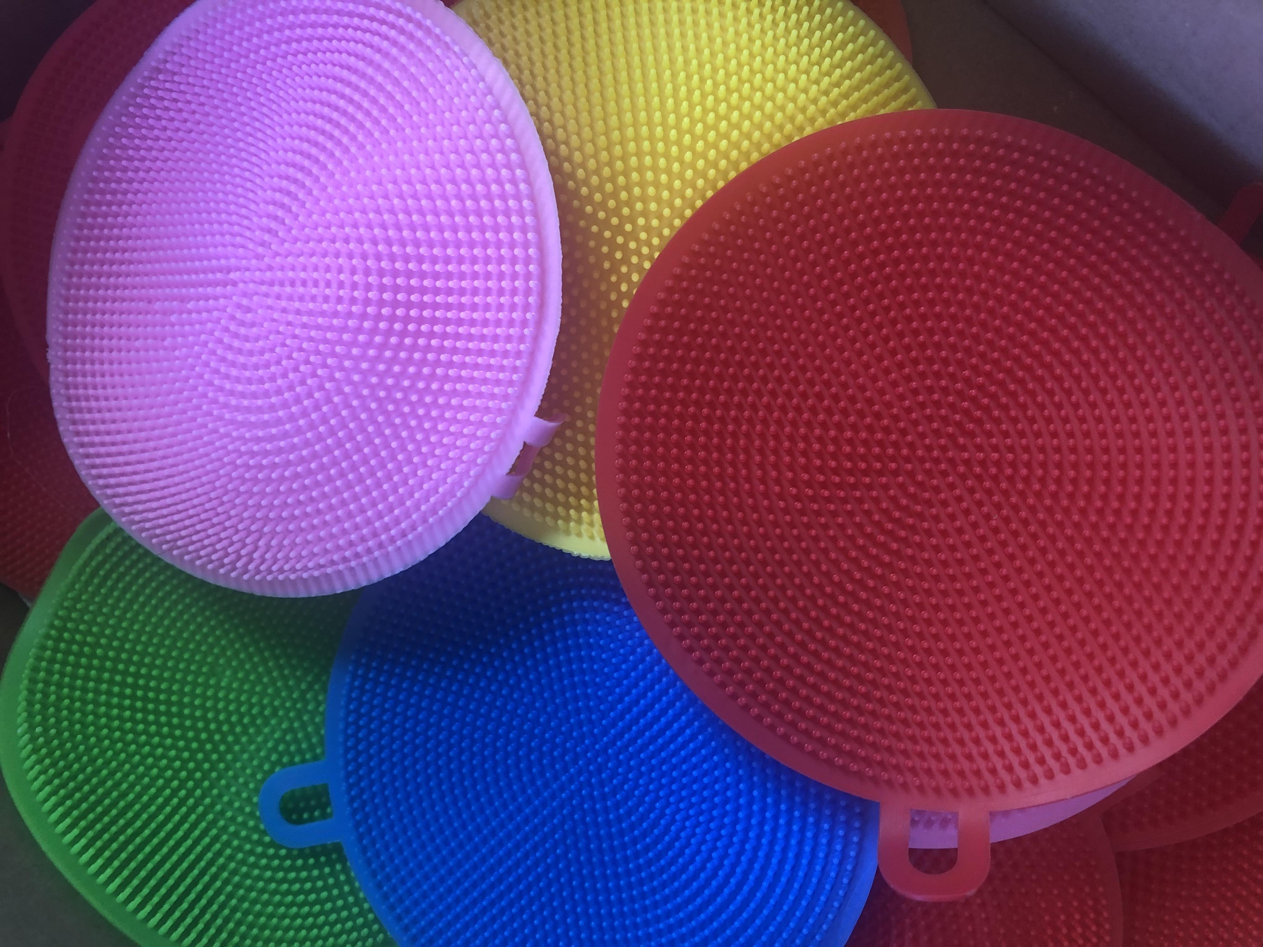 Silicone Pot/Veg Scrubber (Various Colours)