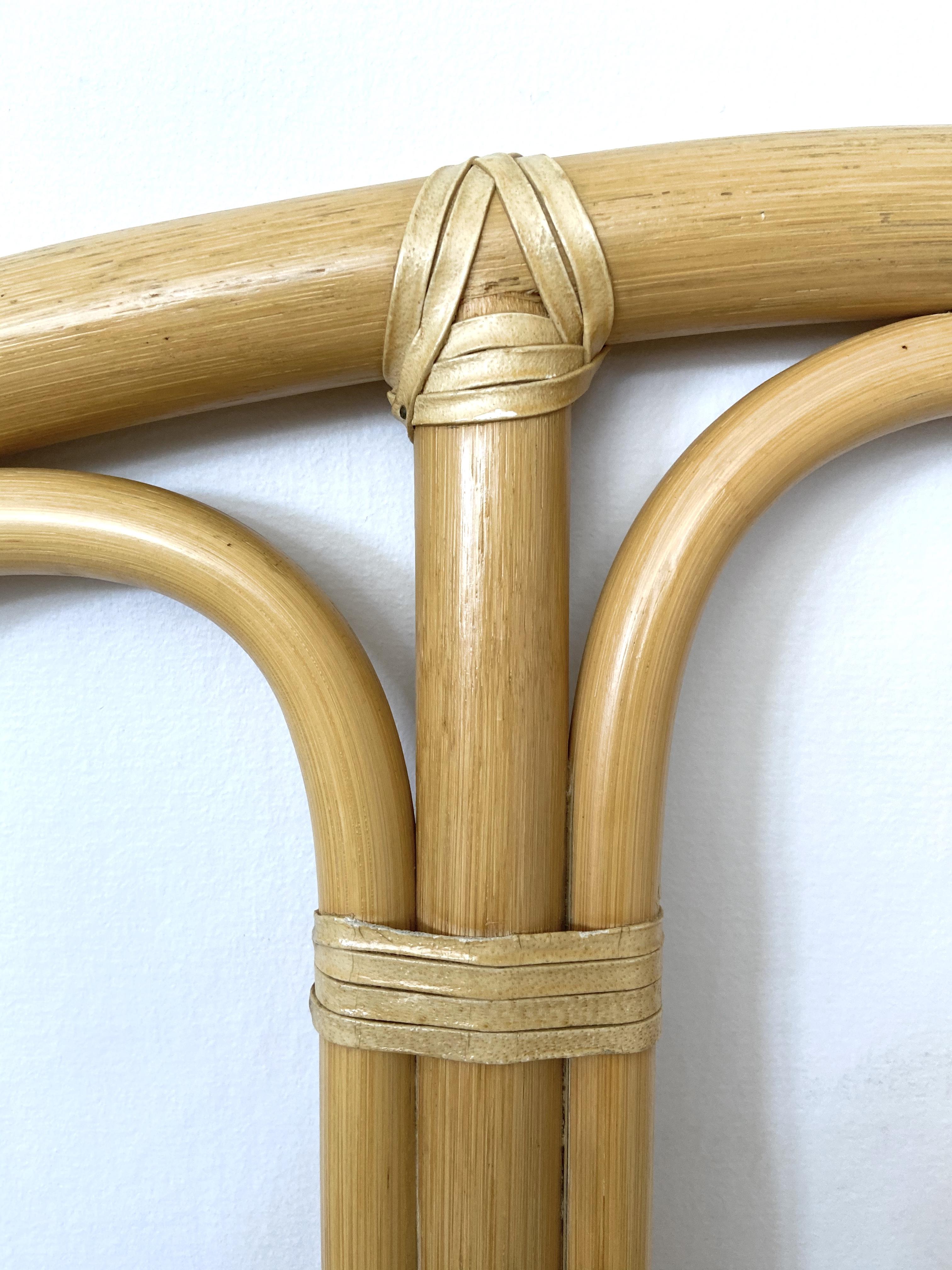 Sänggavel  bambu och teak