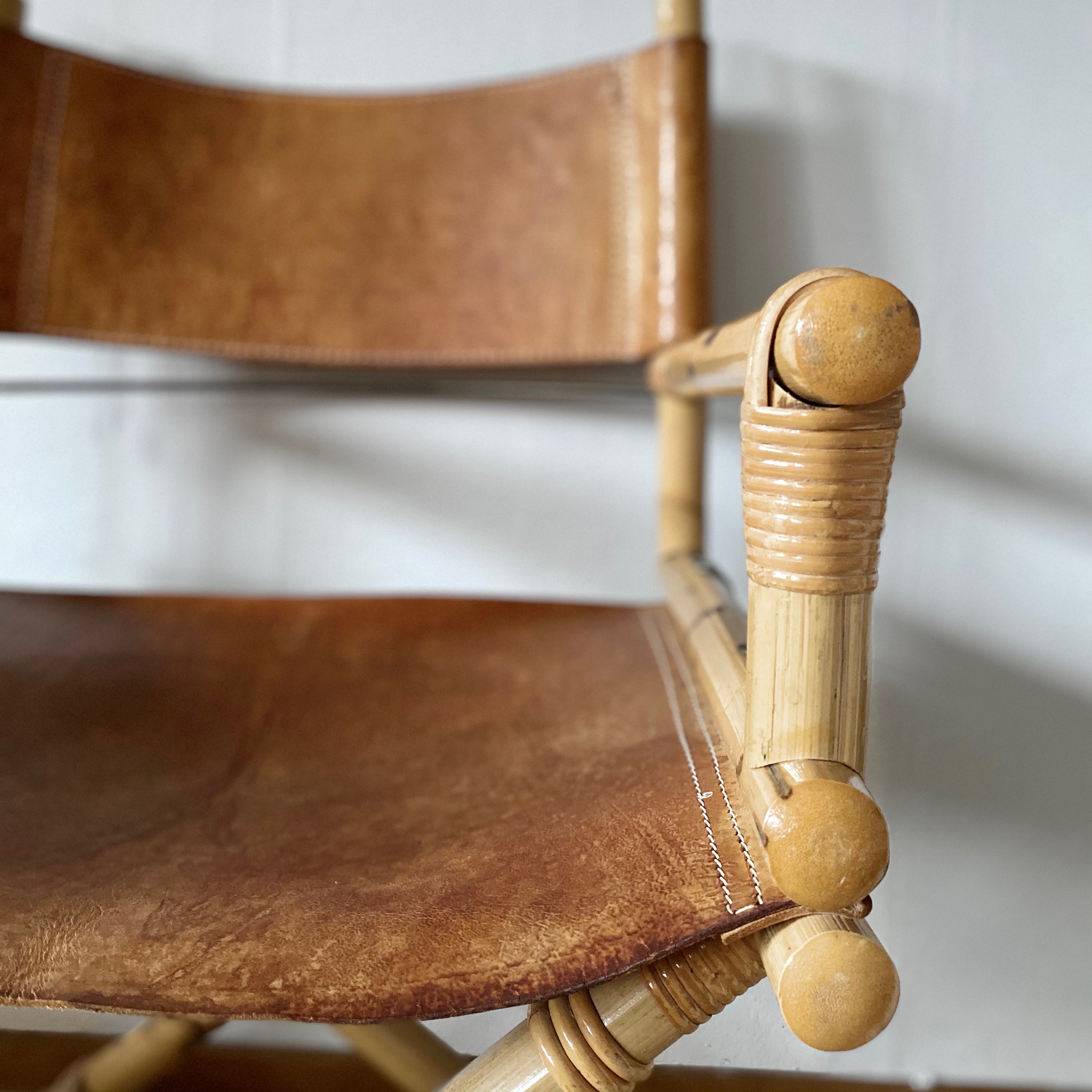 Regissörstol  i bambu med sits i läder