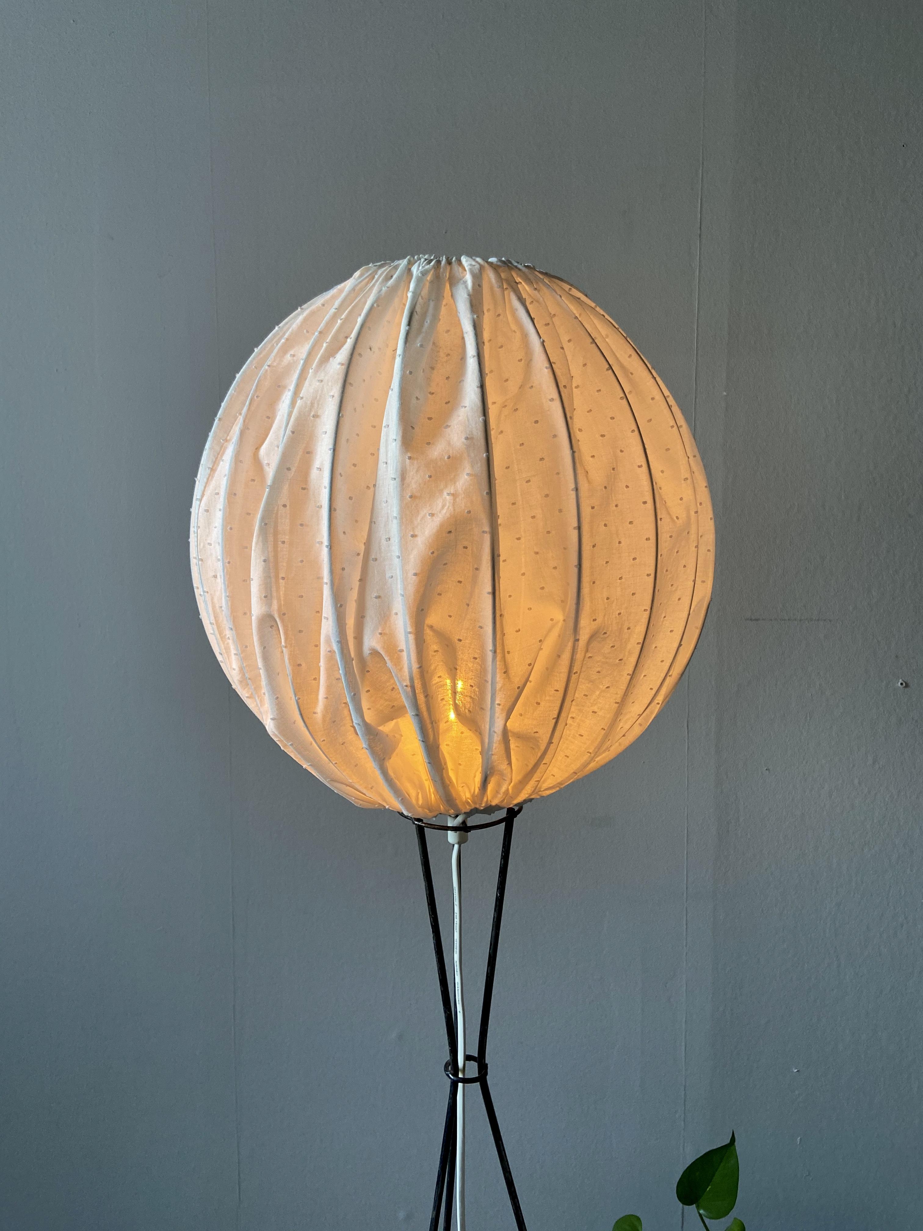 Golvlampa, stringmodell