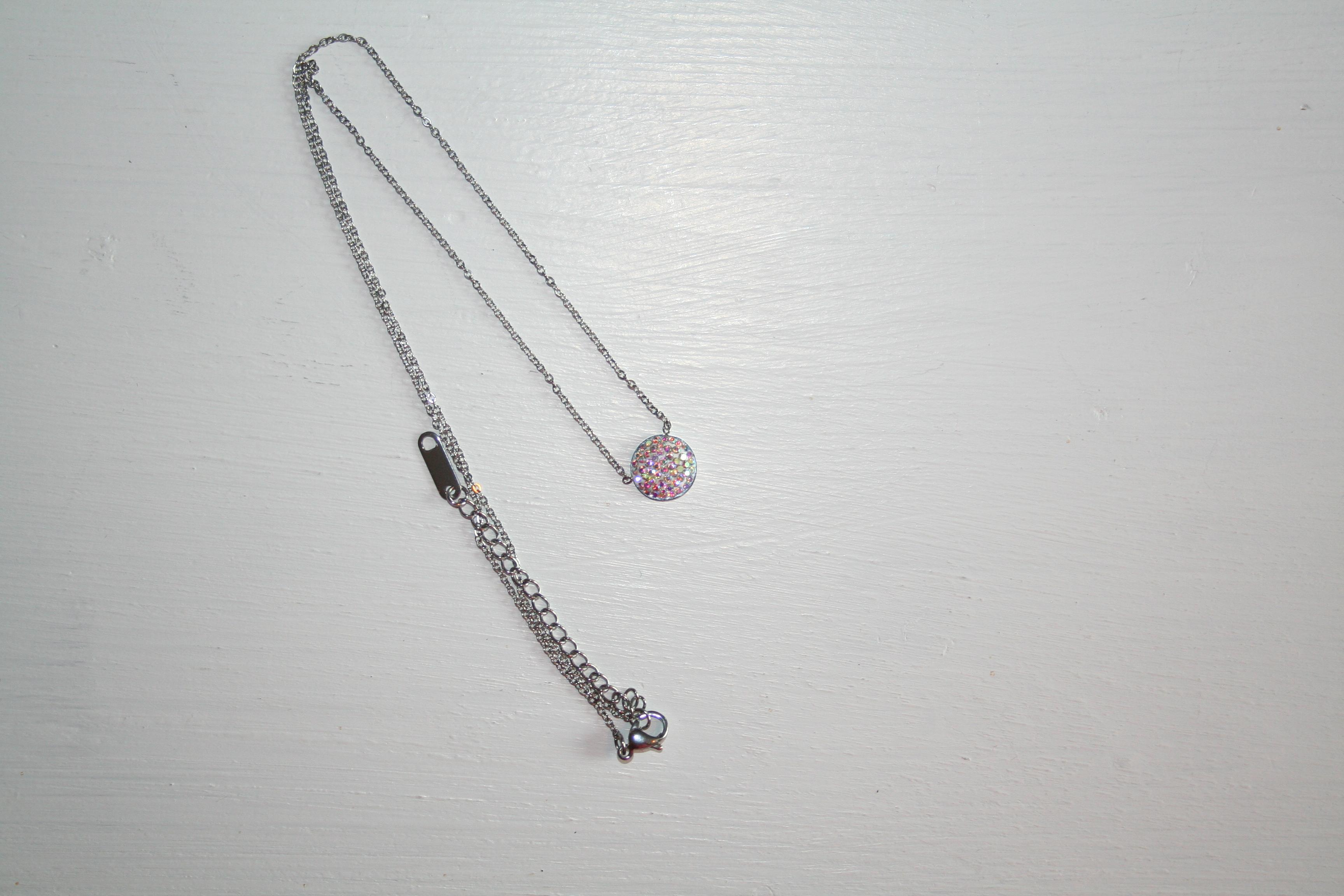 Halsband stål silverfärg