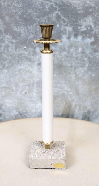Ljusstake med cementfot, vit (höjd 32  cm)