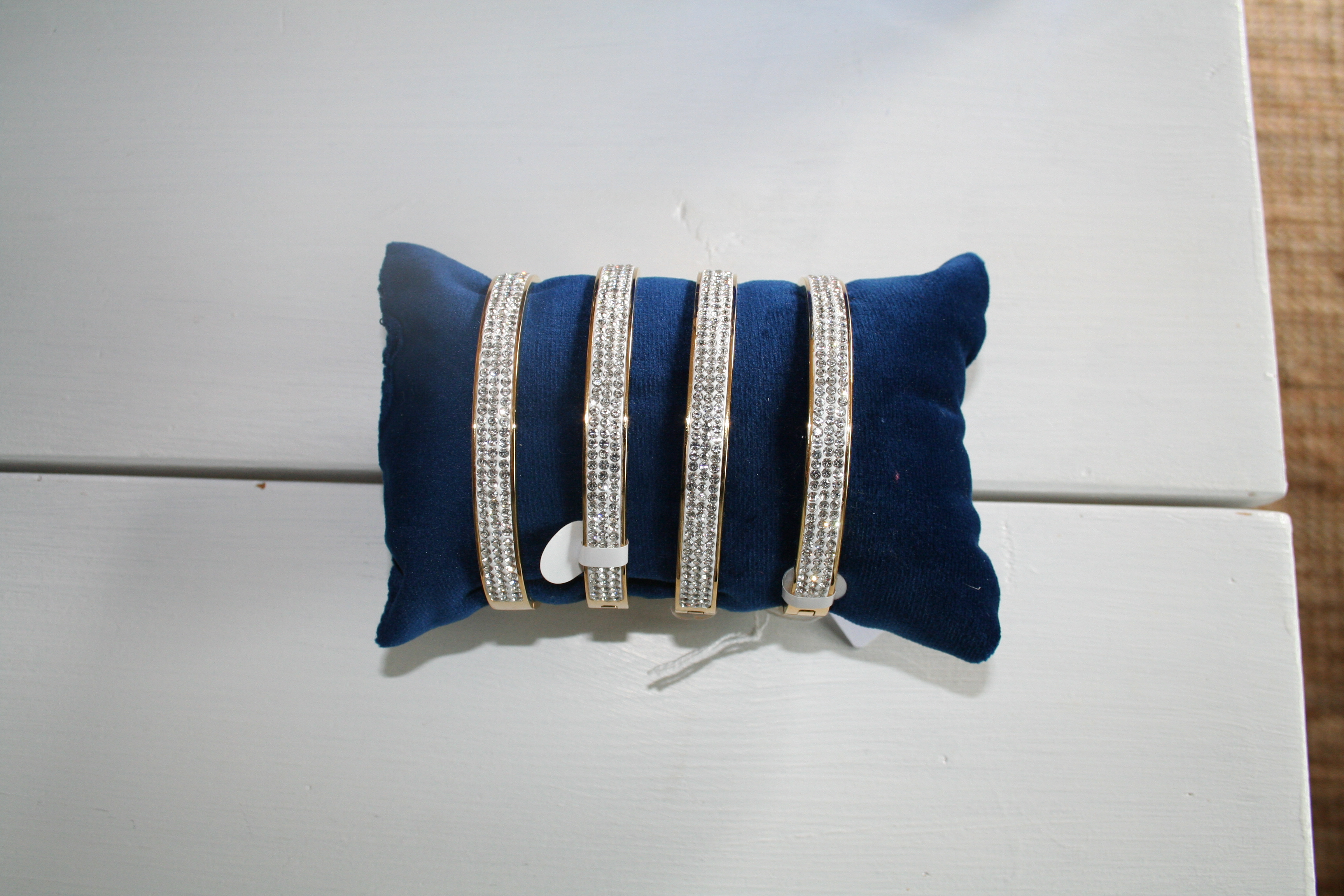 Armband sparkling, stål guldfärgad (Tilva)