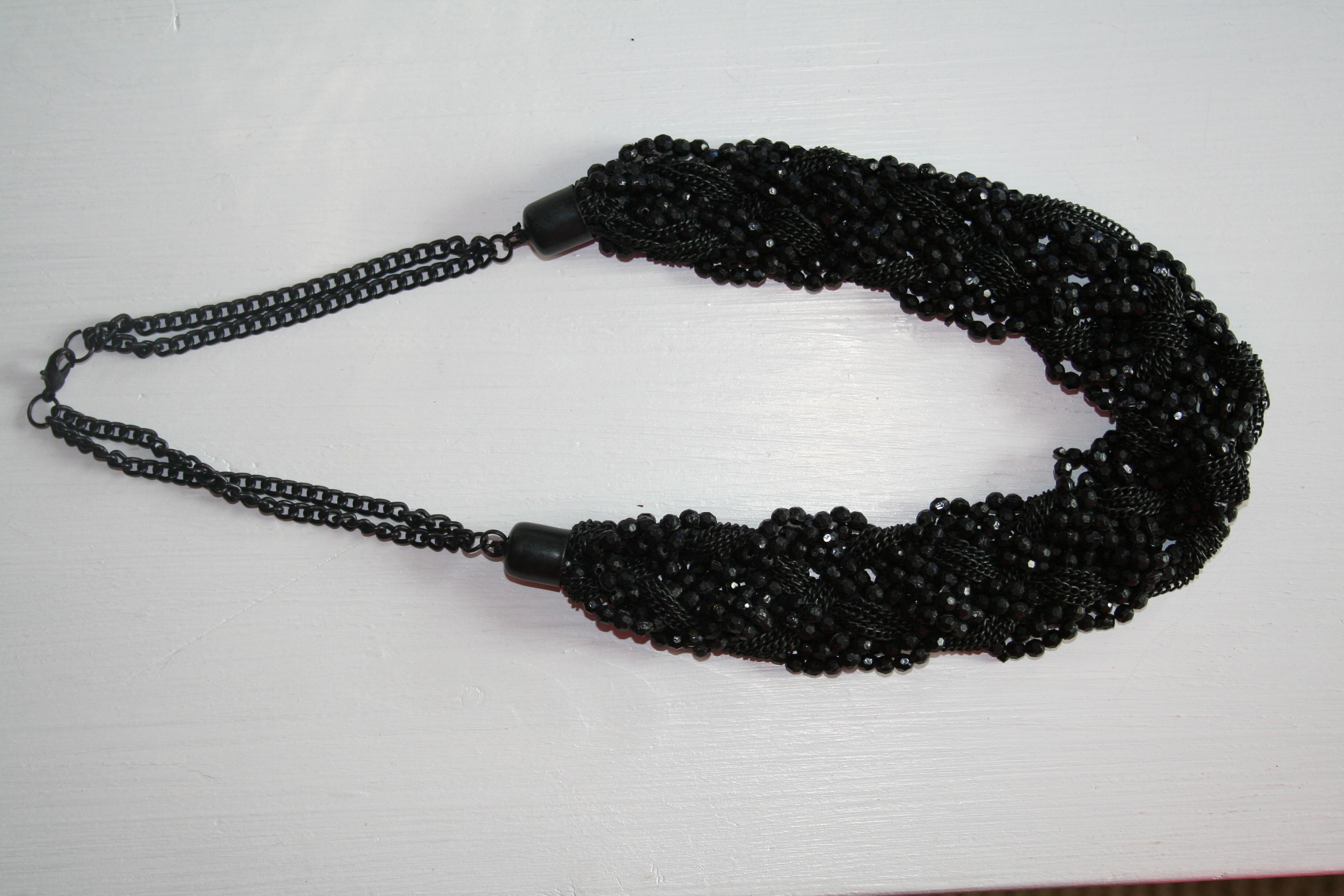 Halsband svarta pärlor (second hand, vintage, retro)