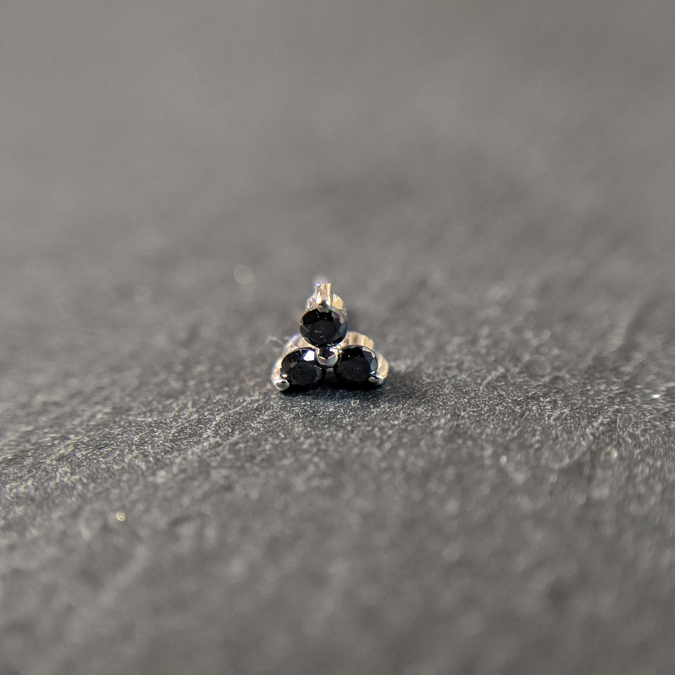 Auris 14k Gold THREELEAF Diamant