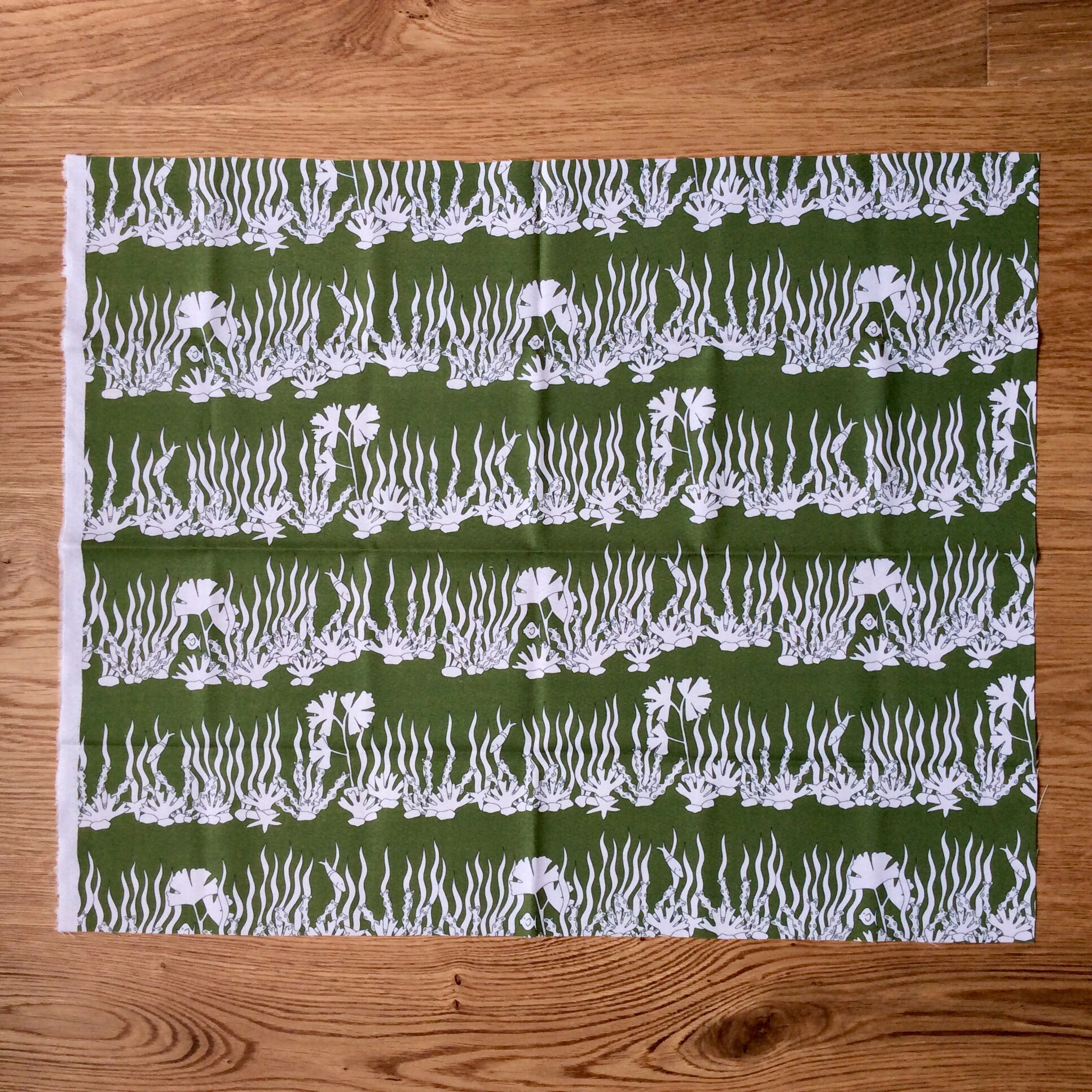 On the seabed fabric fat quarter