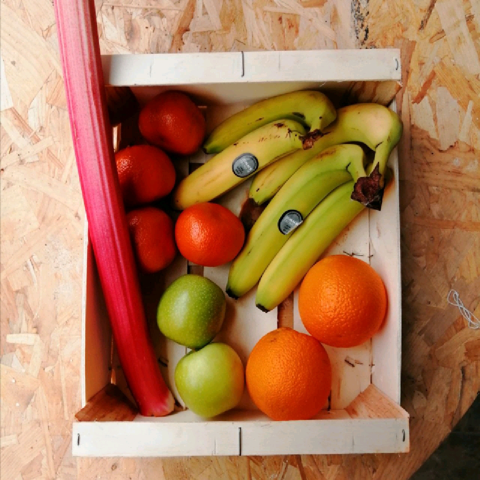 Fruit Box (contents may change)