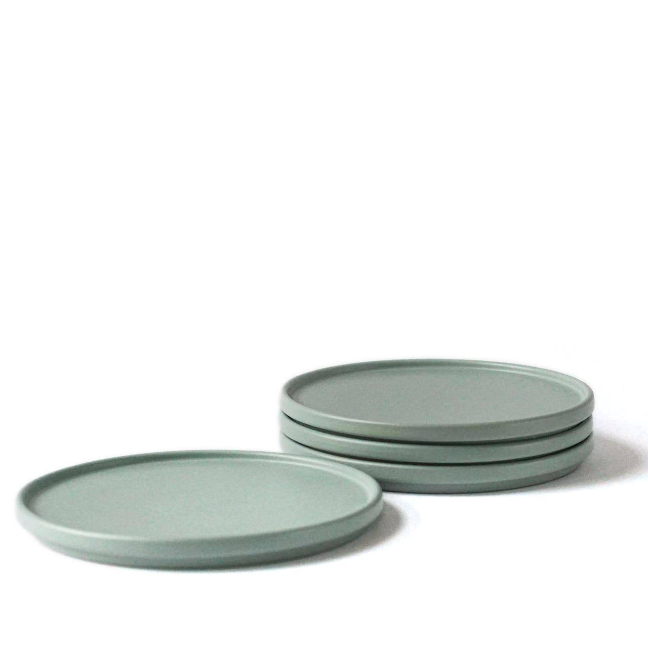Indre Ceramics Sage Green Teller/ Deckel 16cm
