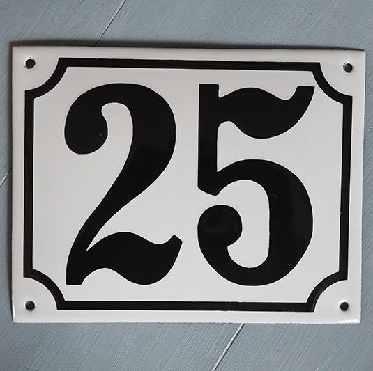 Emaljeskilt nr 25