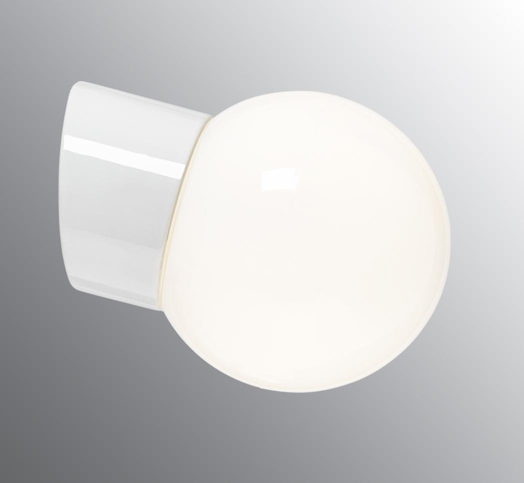 Porselenlampe, med frostet globeglass
