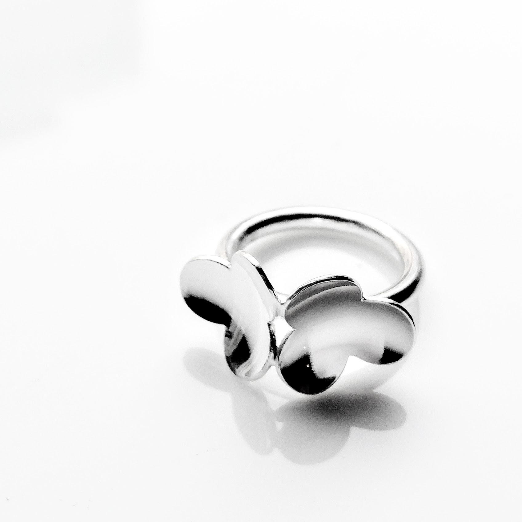 Ilona ring small