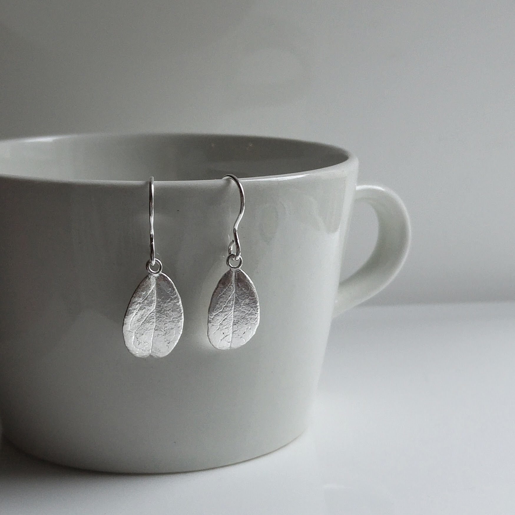 Eternal Lingon earrings, silver