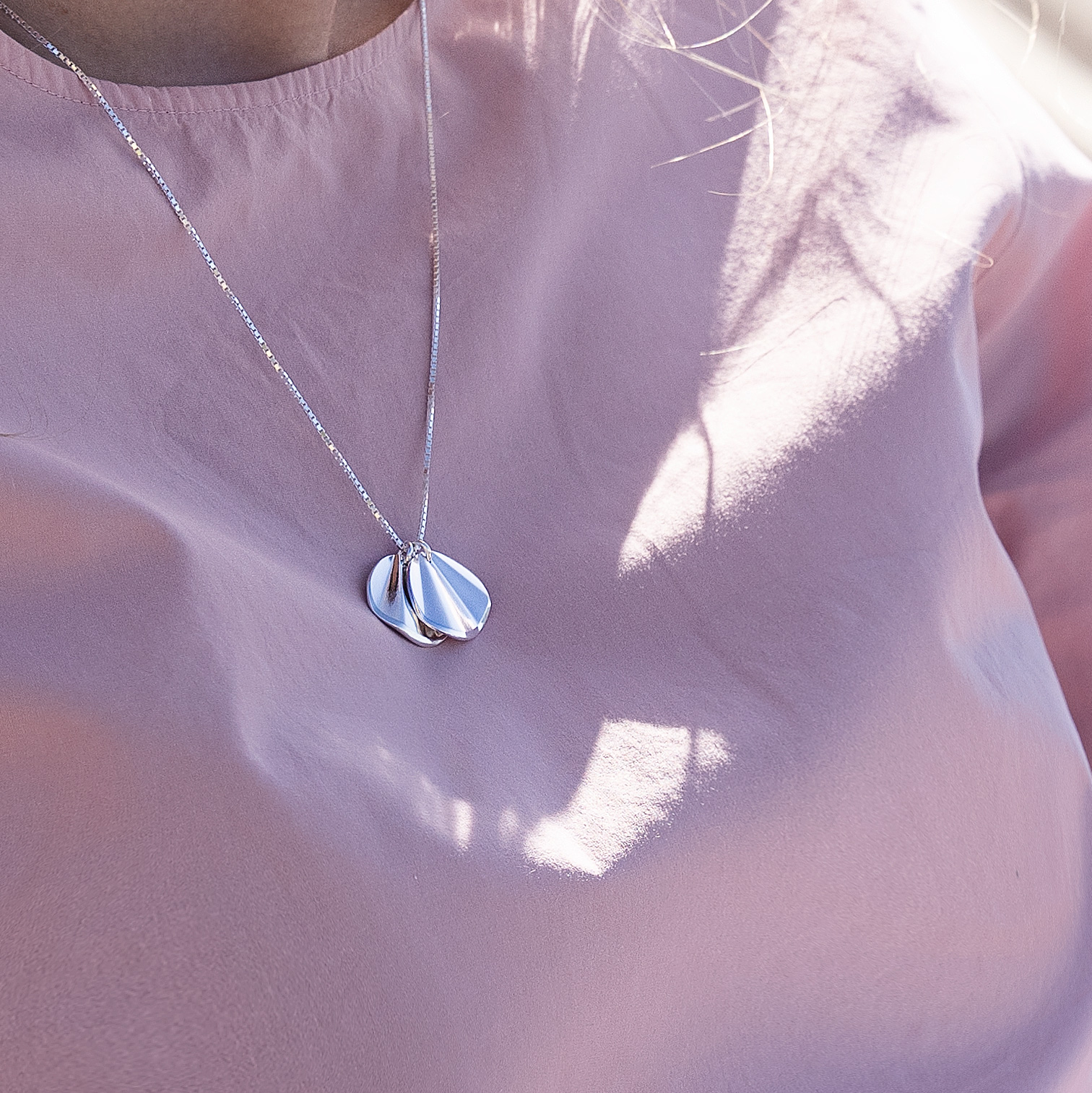 The Moments necklace