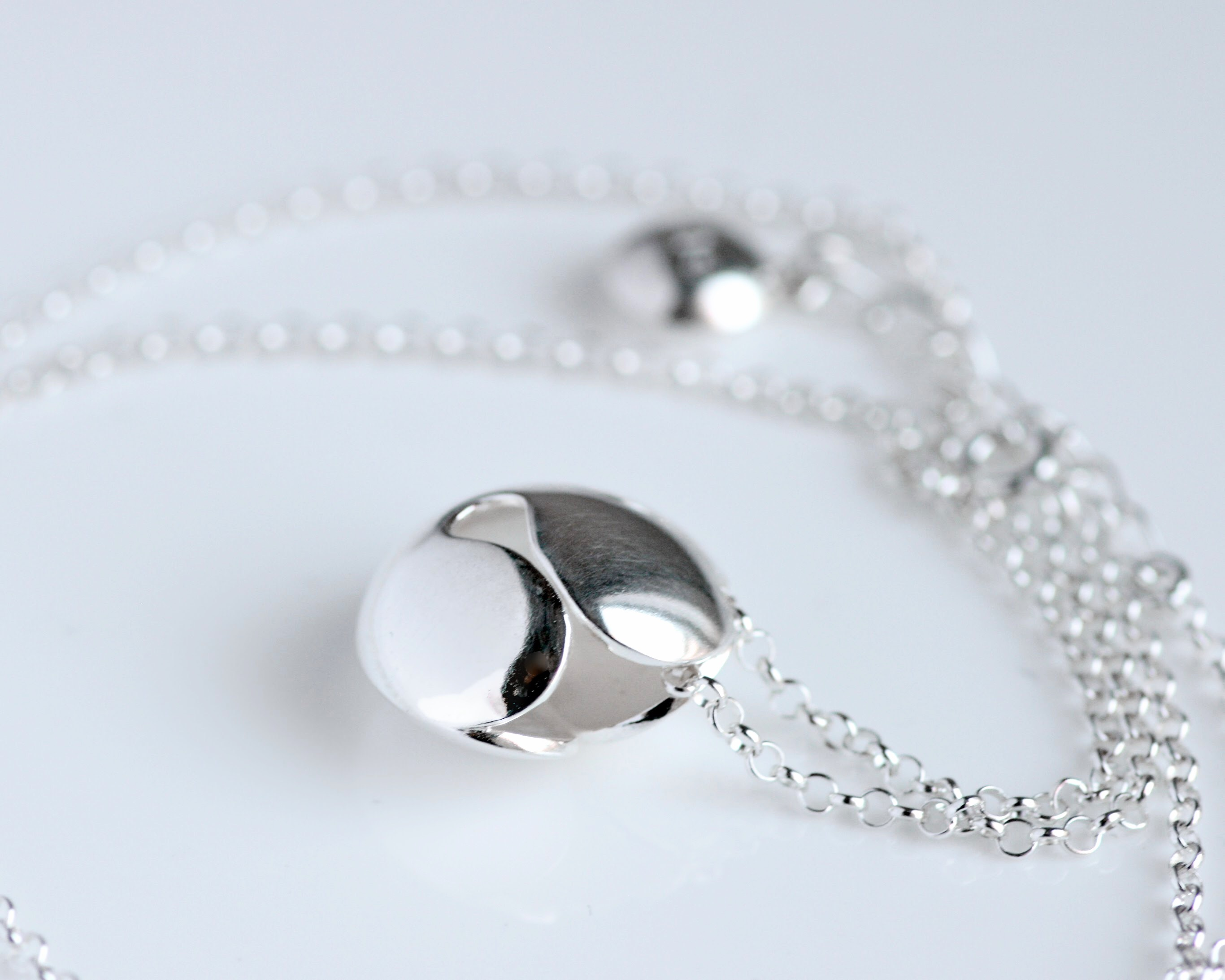 Aino, necklace