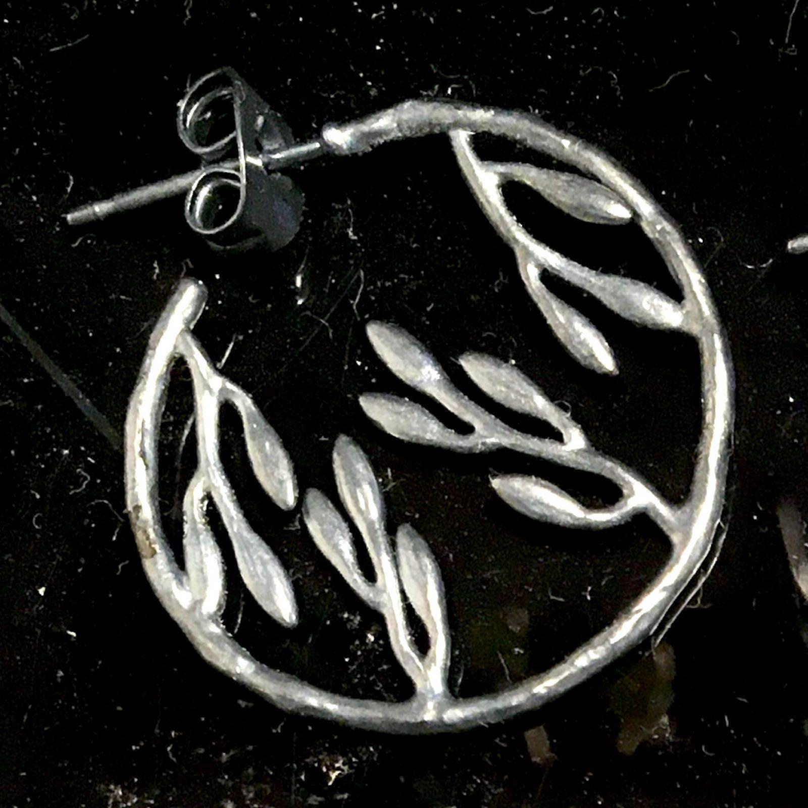 Pendulum spring leaf circle