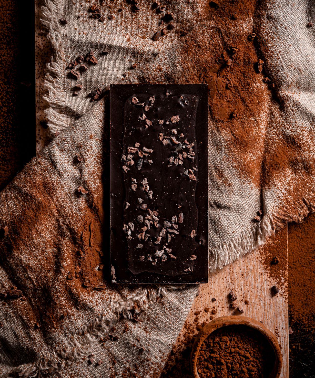 100% Colombian Fino Aroma Dark Chocolate.