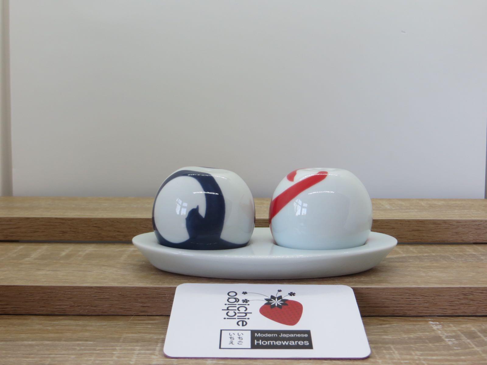 KIHARA Houen Salt & Pepper Set designed by Mika Yoshizawa