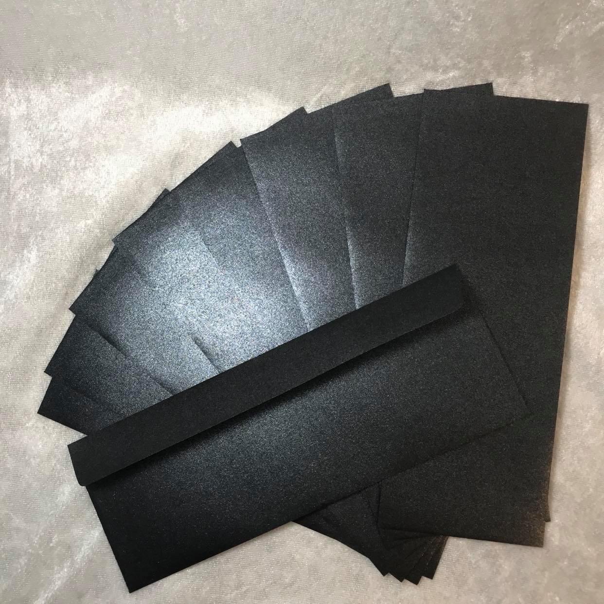 10 stk Konvolutter til slimcard . Shimmer mørk blå. TILBUDSPRIS kun kr 25,- pr pk.