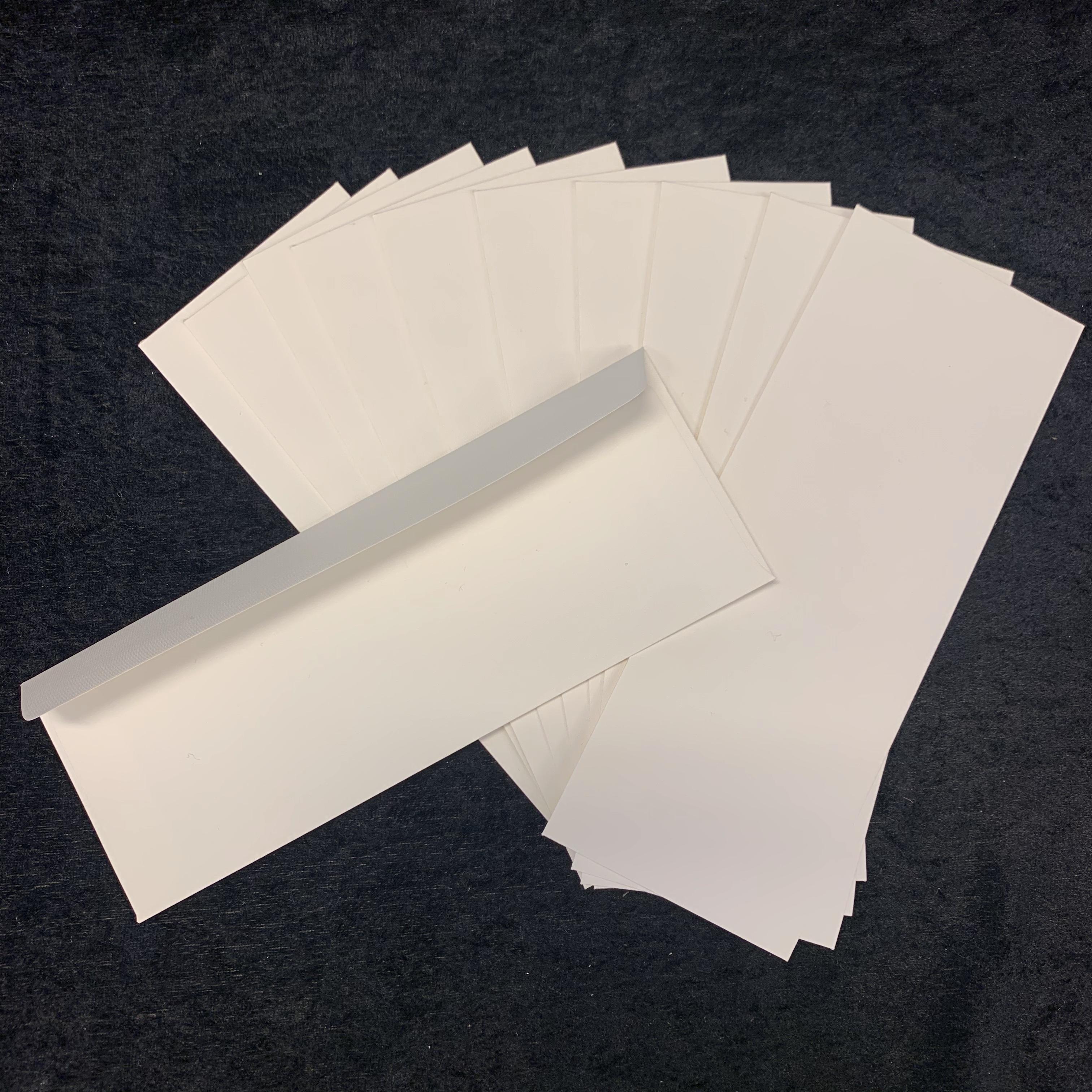 Konvolutt slimcard kremhvit med tekstur 10pk 8x21,5cm