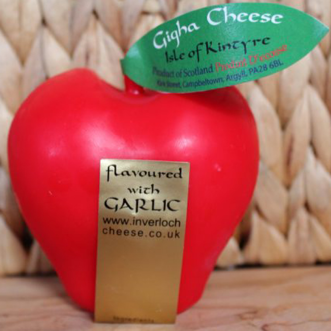 Gigha Fruit Garlic Apple Cheese 200g Scottish Mature Cheddar Isle of Kintyre Cheese
