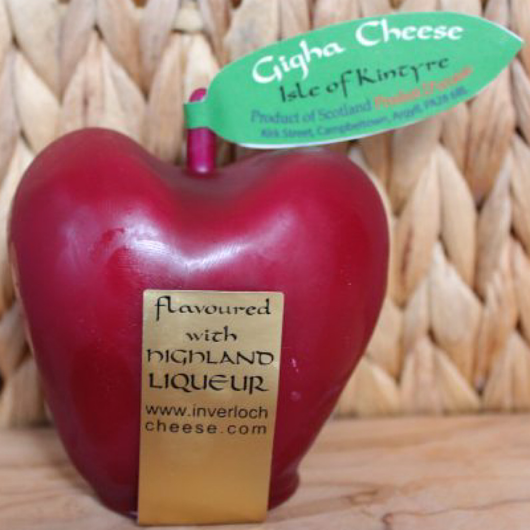 Gigha Fruit Whisky Apple Cheese 200g Scottish Mature Cheddar  Isle of Kintyre Cheese