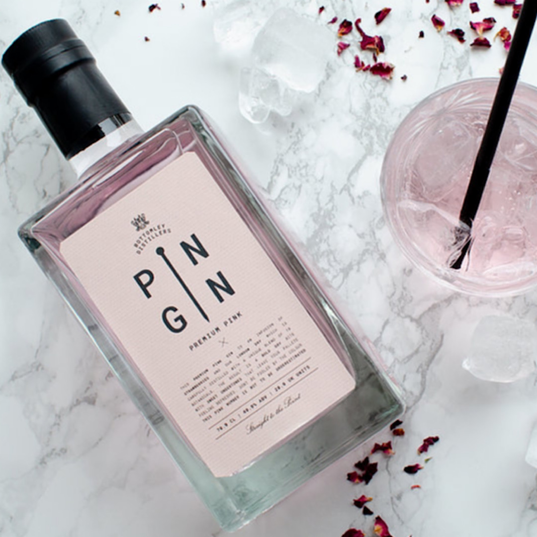 Premium Pink - Strawberry Pin Gin 40% 350ml