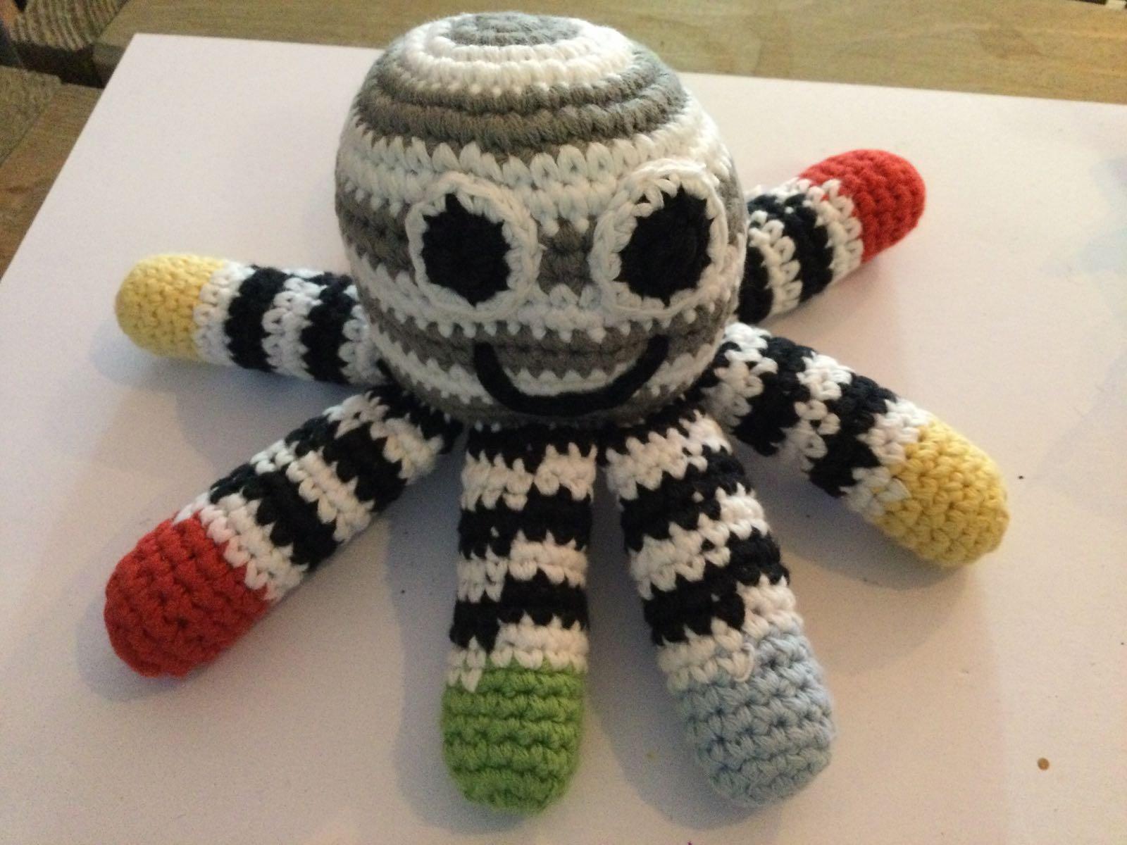 Pebble - Crochet Octopus Rattle Black / White