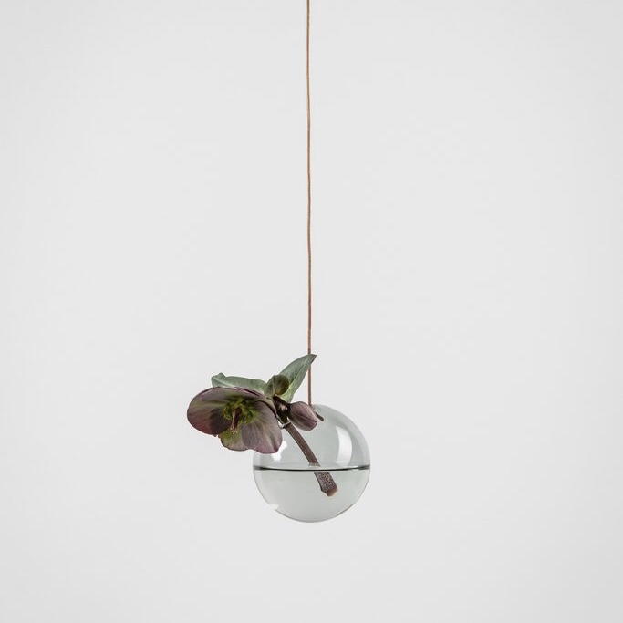 Studio about, hanging flower bubble small