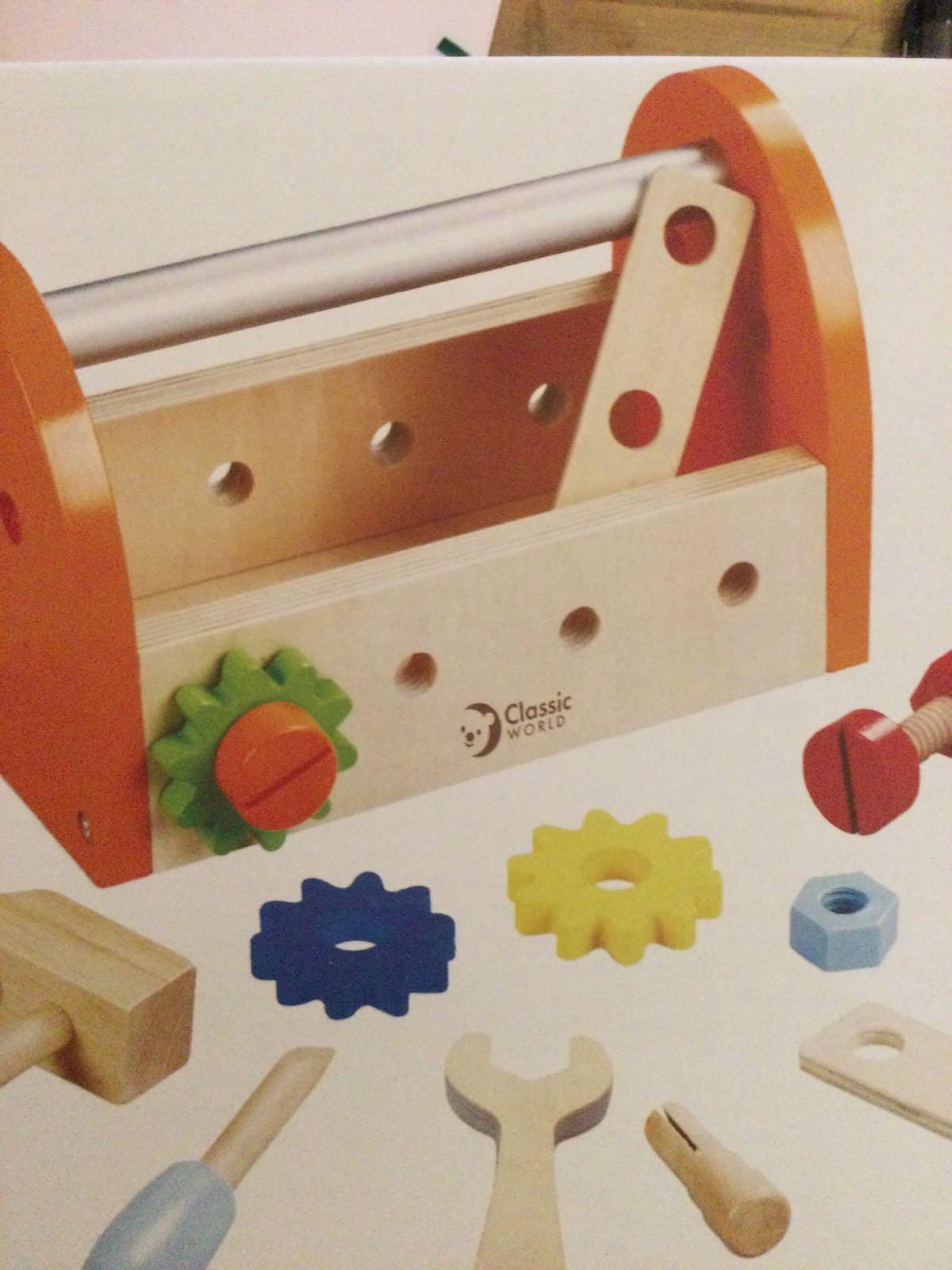 Classic World - Carpenter Tool Box