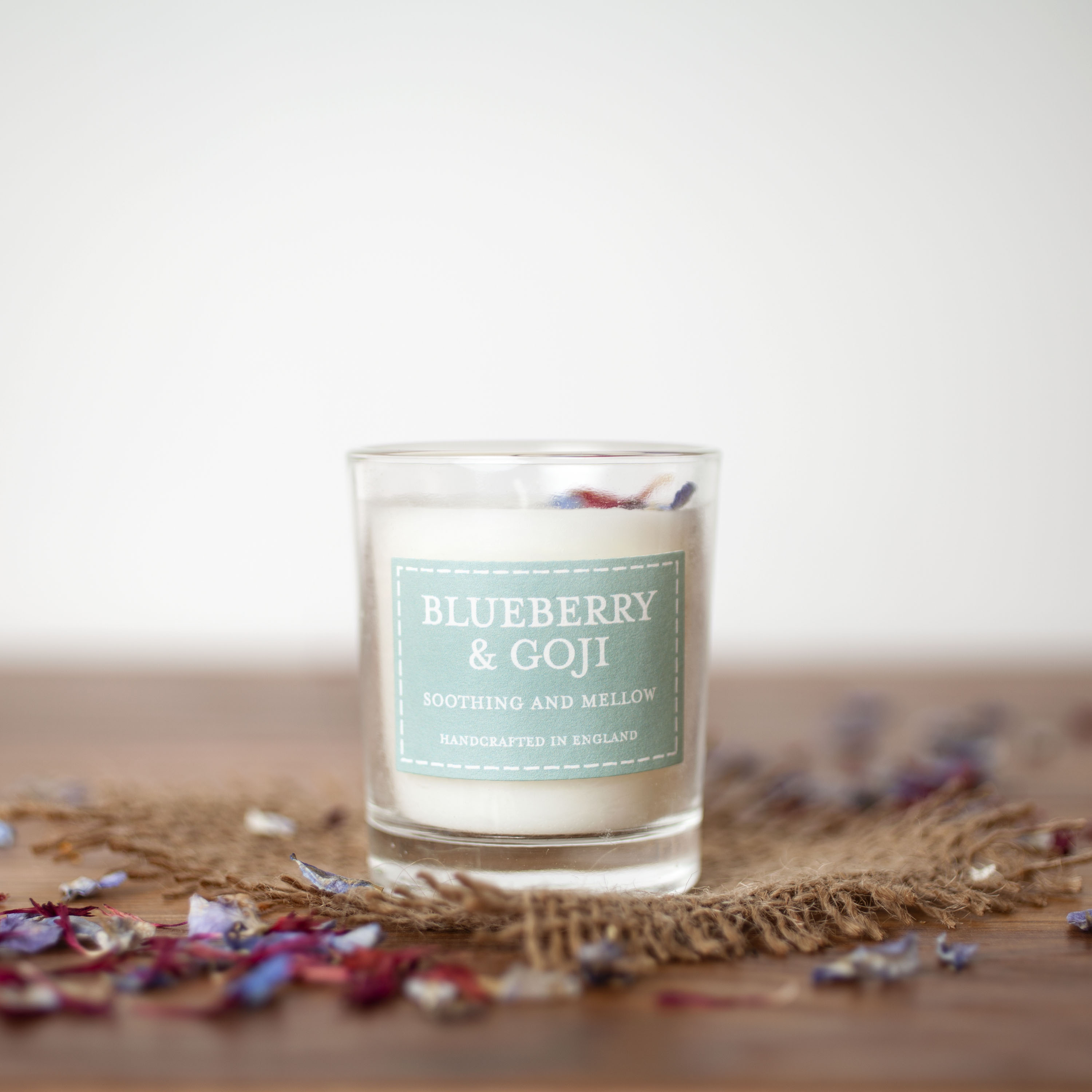 The Country Candle - Blueberry & Goji
