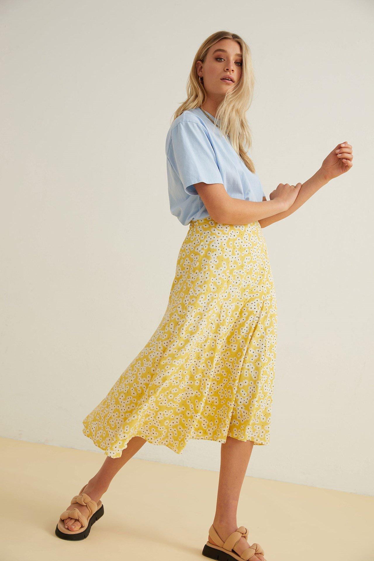 Catwalk Junkie - Skirt Daisy Field Midi