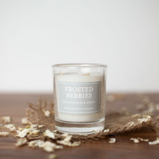 The Country Candle - Frosted Berries