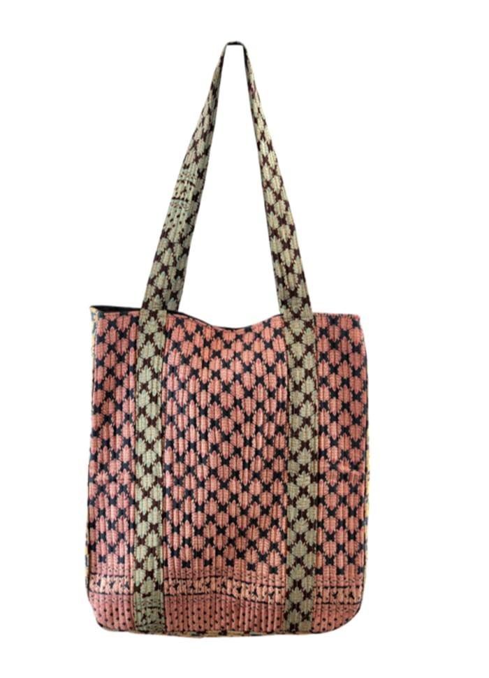 Black Colour - LUNA quilt bag leaf mix REA 50%