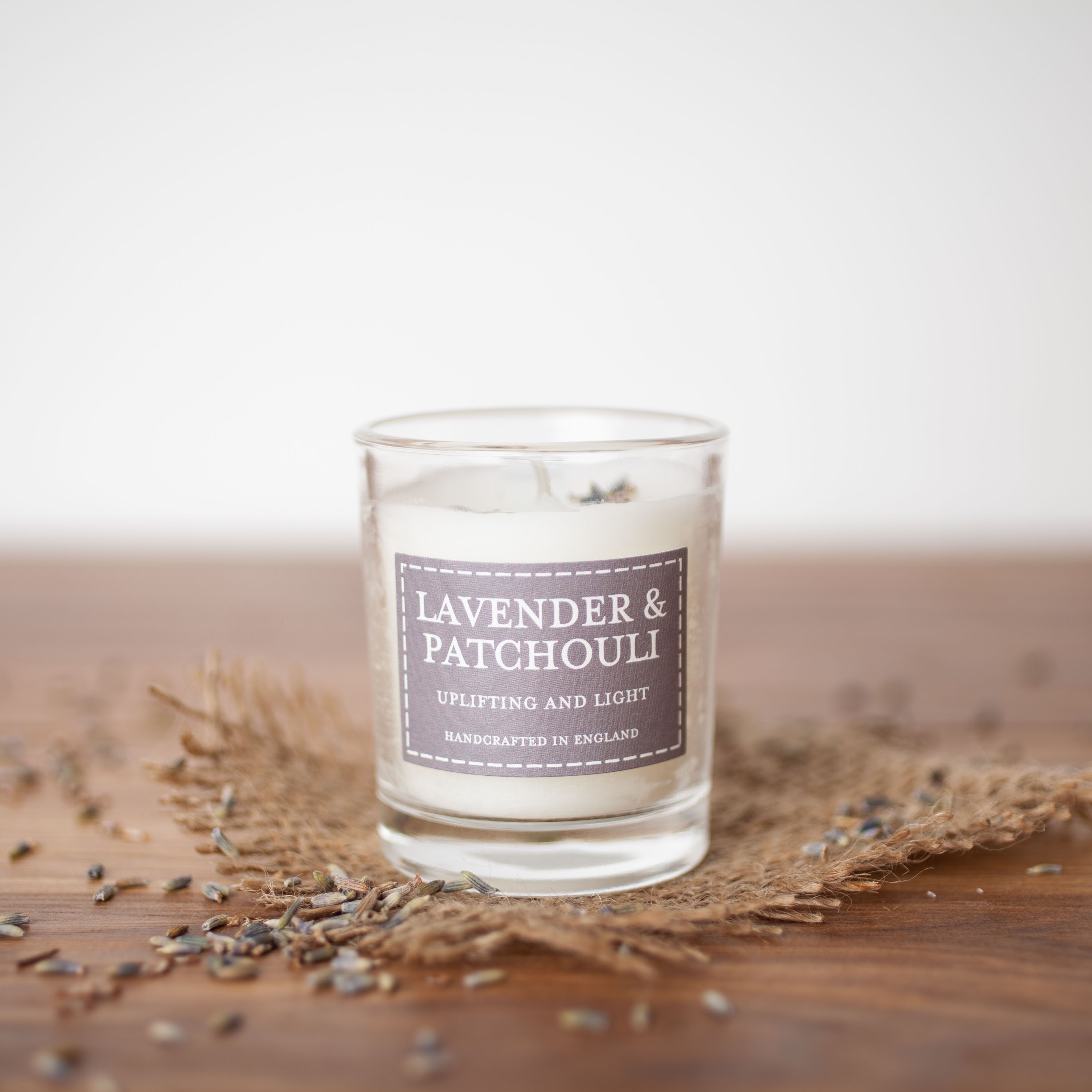 The Country Candle -  Lavender & Patchouli
