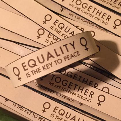 Lisselback Cecilia - Läderarmband Equality och Together