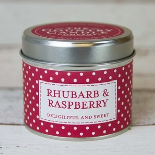 The Country Candle - Rhubarb & Raspberry