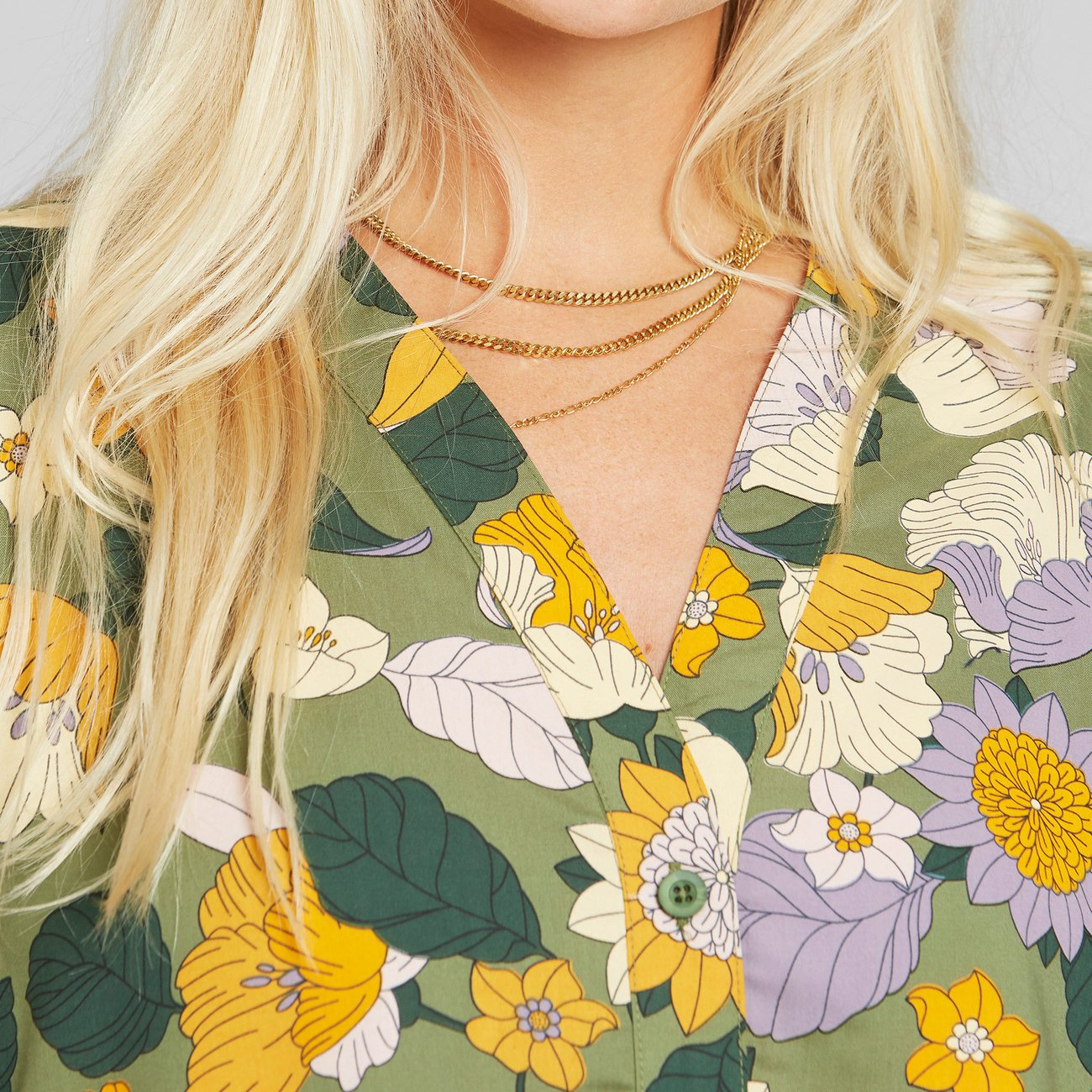 Dedicated - Blouse Odense Seventies Floral Green
