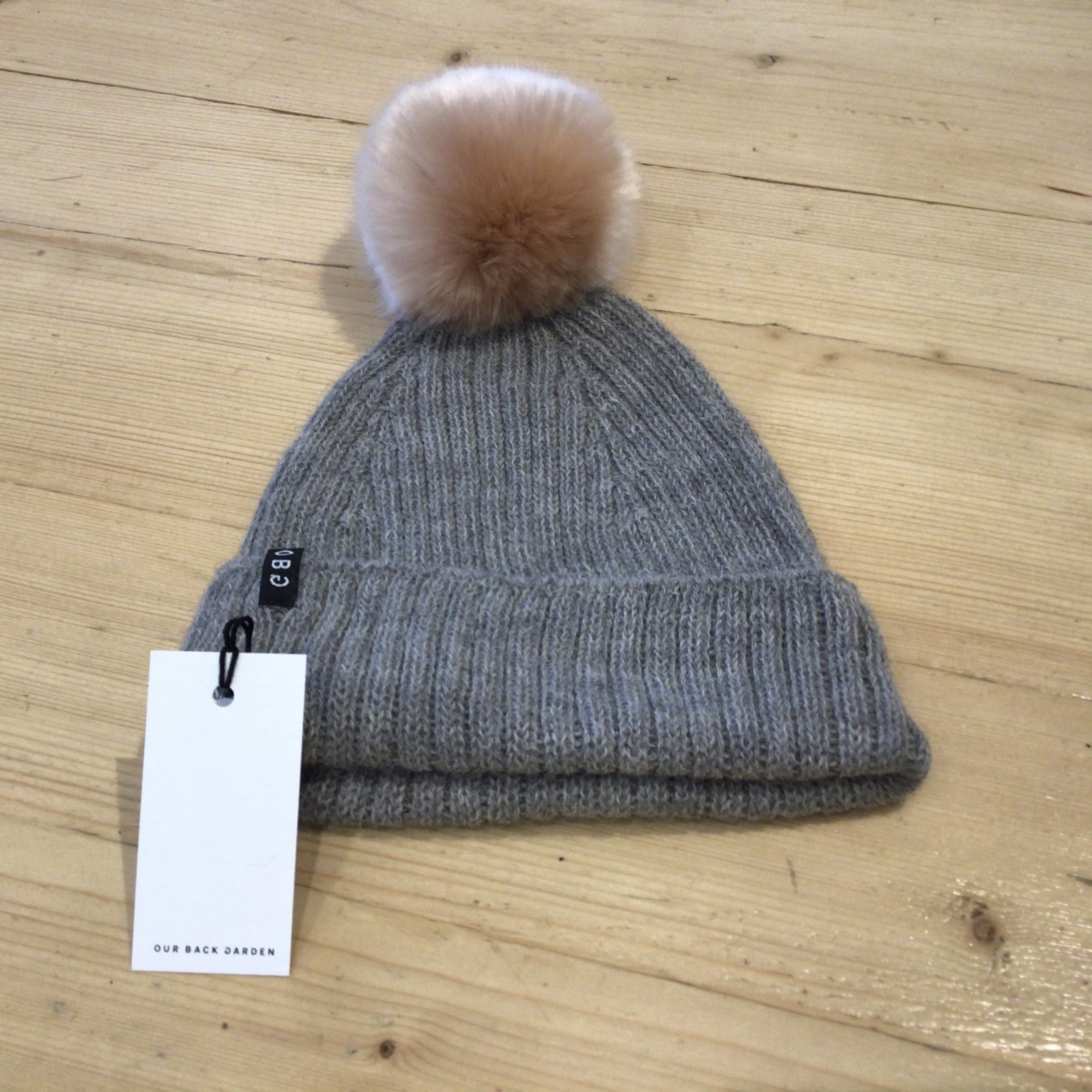OBG - 100% Alpaca wool hat with Pom Pom, Grey & Soft Rose