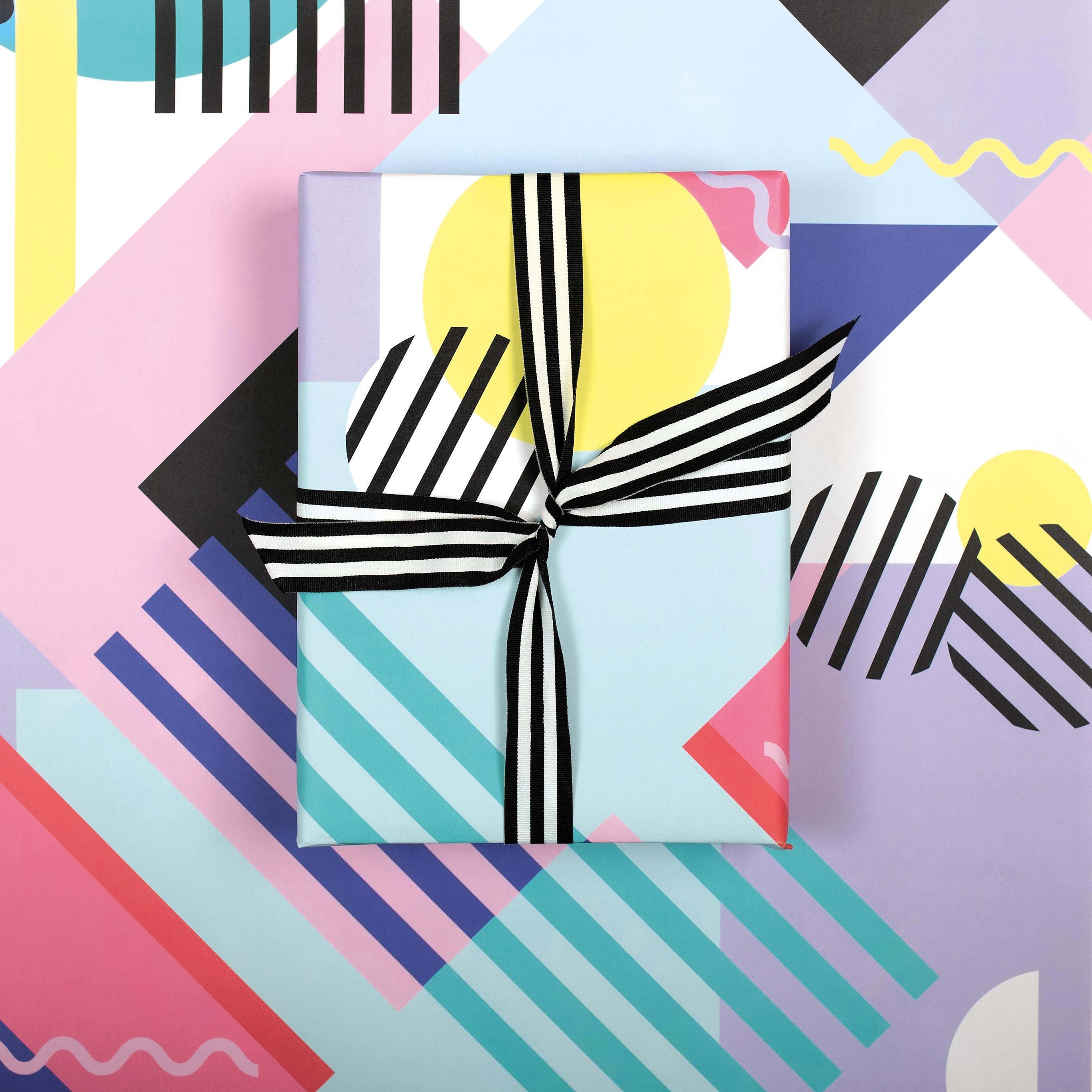 Memphis | Wrapping Paper |