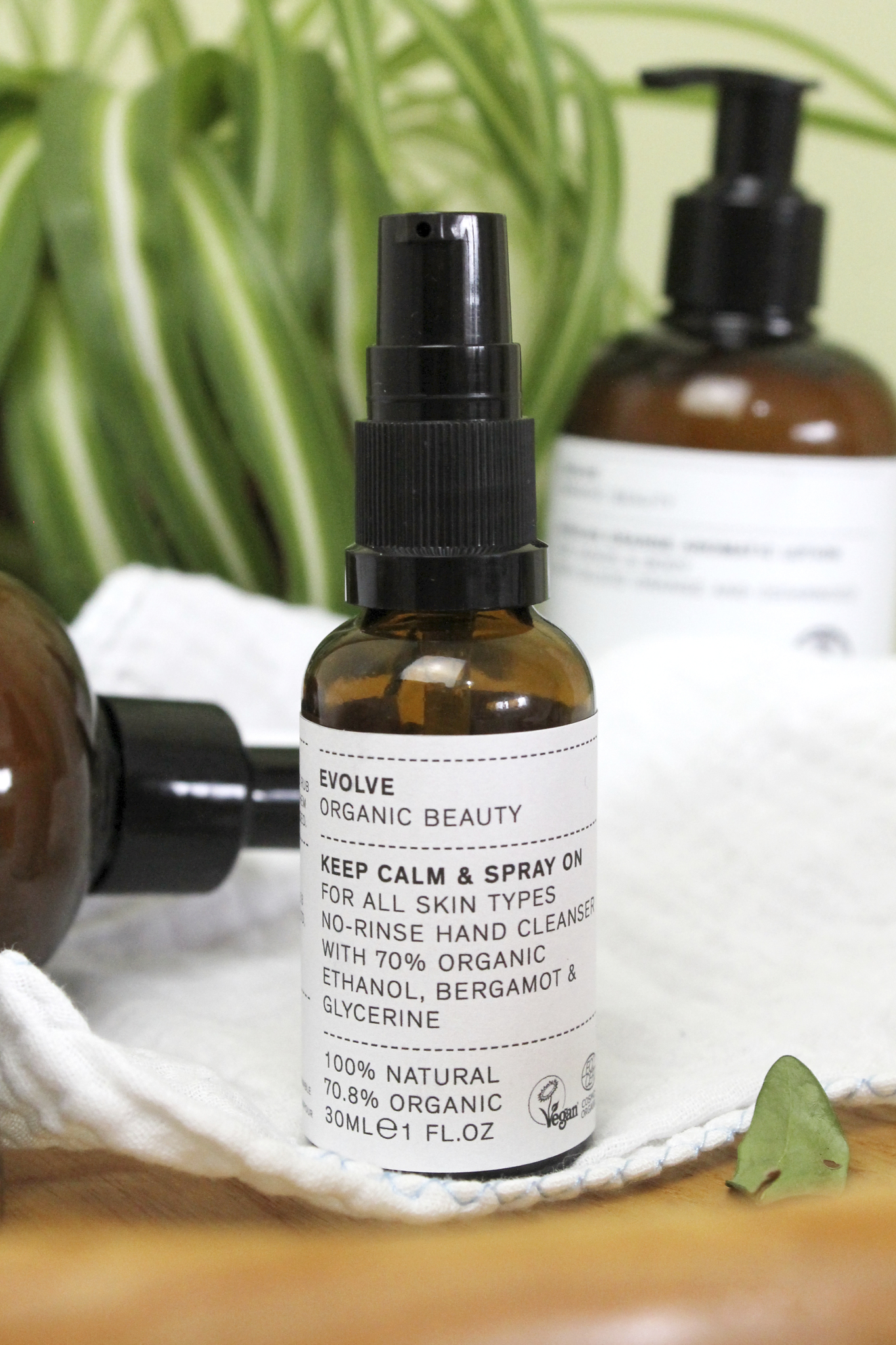 Evolve Beauty - Keep Calm & Spray On Hand Sanitiser - Travel Size
