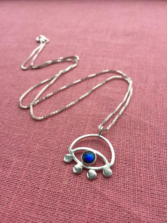 Lima Lima - Eye Necklace w/ Paua shell