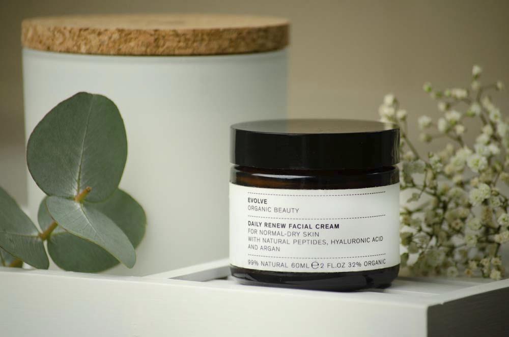 Evolve Beauty - Daily Renew Facial Cream - Travel Size - 30ml