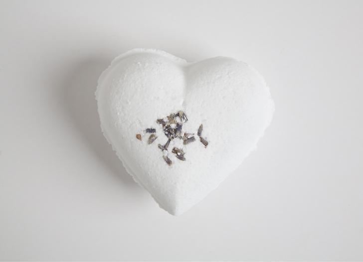 Eco Bath London - Heart shape Bath Bomb Fizzer - Lavender