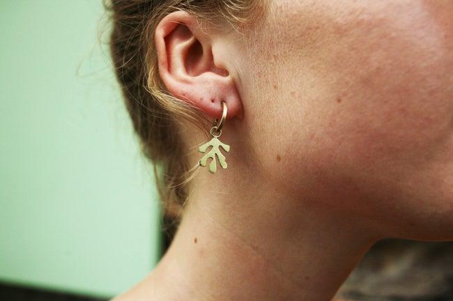 Lima Lima - Brass Leaf Hoops earrings