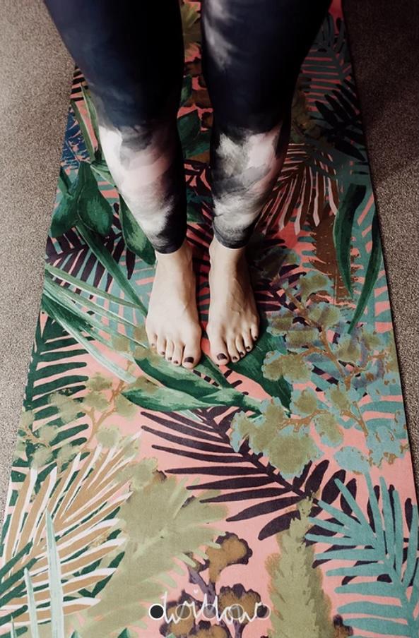 Willow Yoga Mat - Kew Tropics Hot Pink