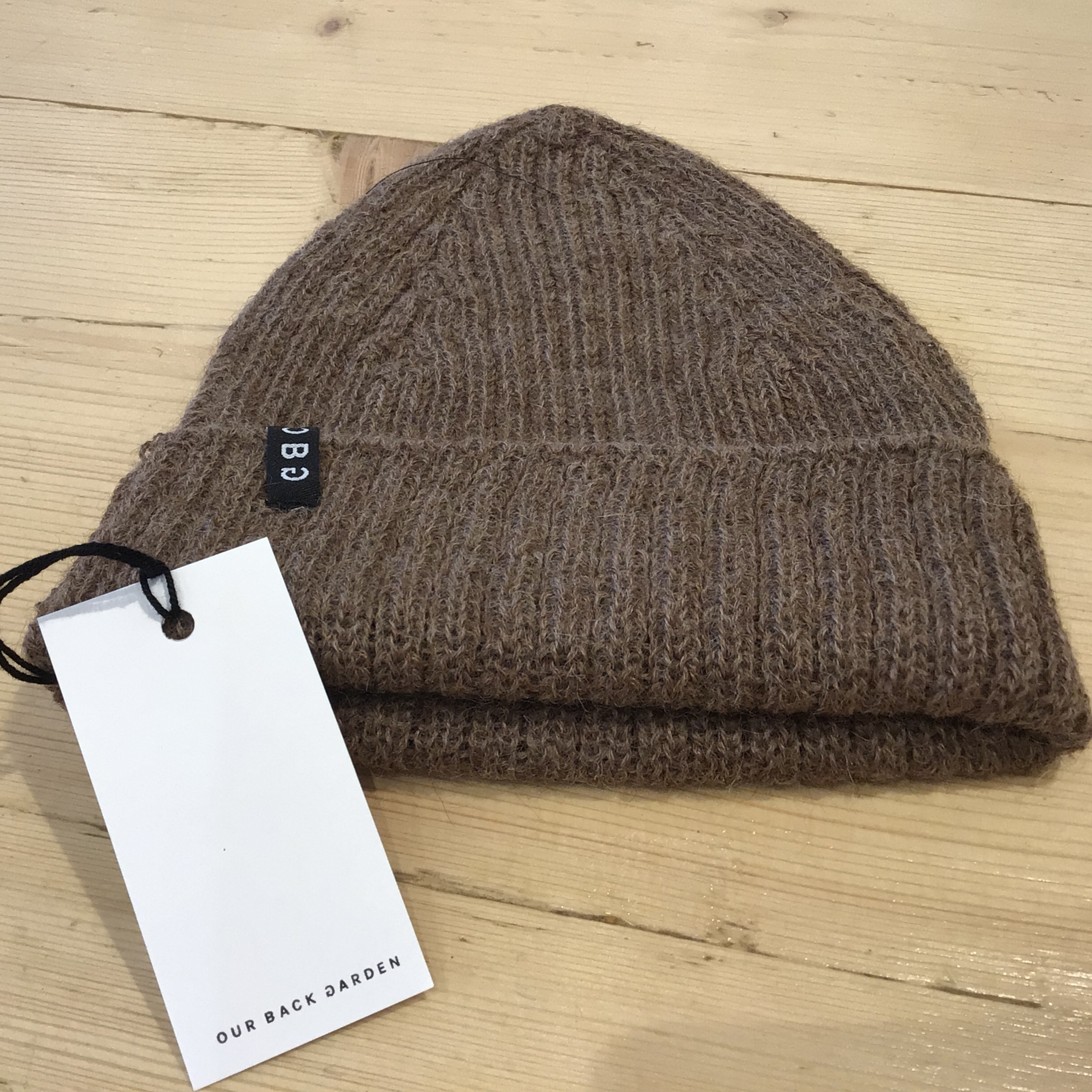 OBG - 100% Alpaca wool hat - Basic Rib Walnut Brown